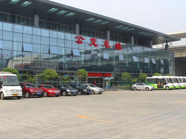 市公交公司场站及办公大楼.jpg